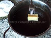 Prajitura tavalita cu cocos preparare reteta