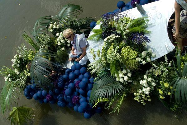 美麗的河上花(上) - hung22 - 彬彬的博客