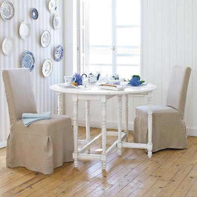mesa en madera color blanco