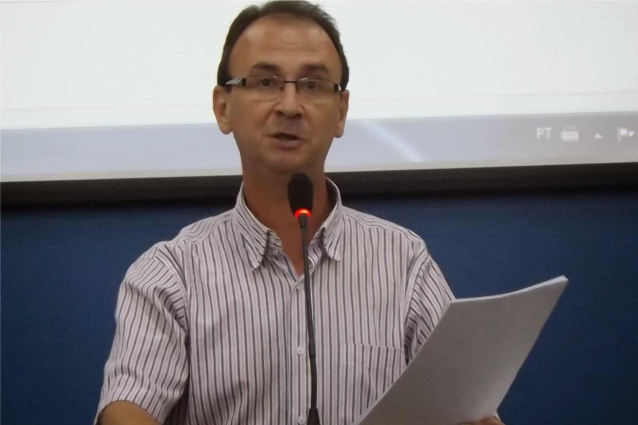 JAIR WINGERT VOTA CONTRA AUMENTO DA ILUMINAÇÃO PÚBLICA