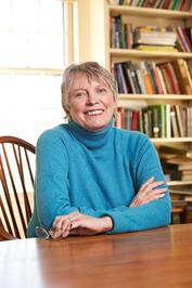 JUVENIL: El Dador de Recuerdos (The Giver #1) : Lois Lowry [Everest, Junio 2009] escritora