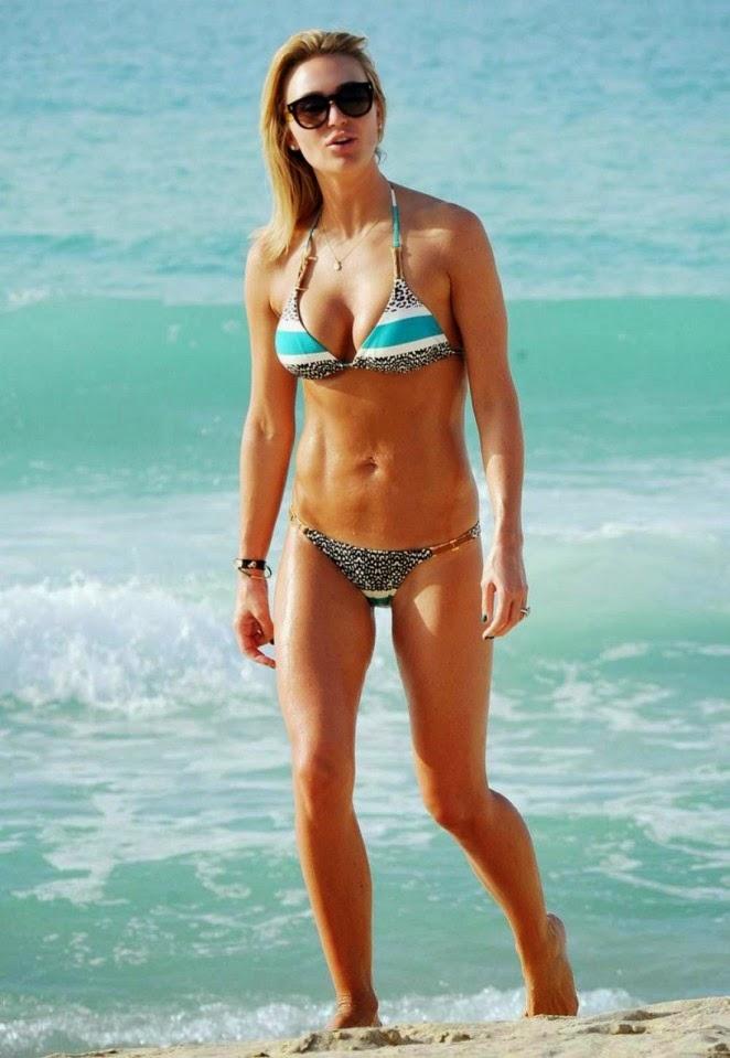 Alex Gerrard flaunts bikini body in Dubai