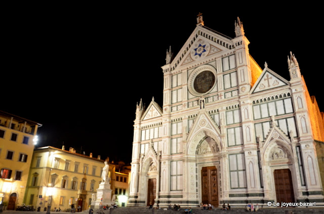 Florence -basilique Santa Croce by night