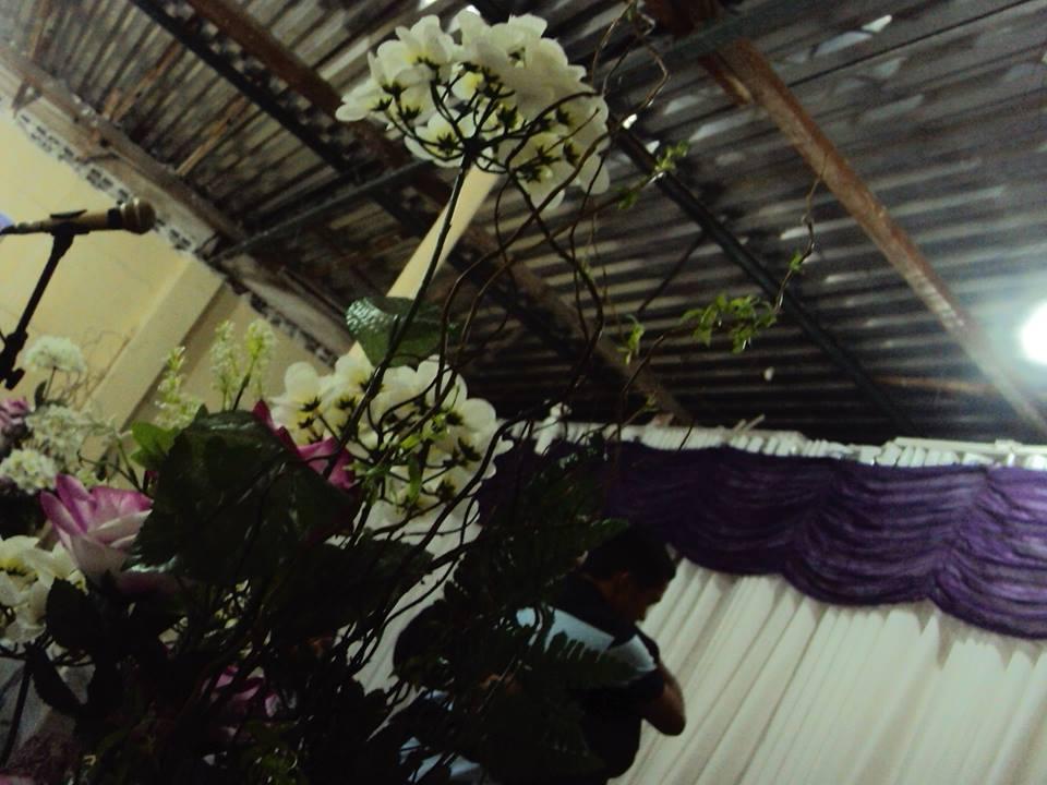 Arranjo floral passo a passo BBel :: Tudo sobre decoração  - Fotos De Arranjos De Flores Artificiais Para Igrejas