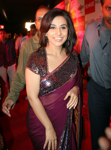 Bollywood Actress vidya Balan Saree Photos