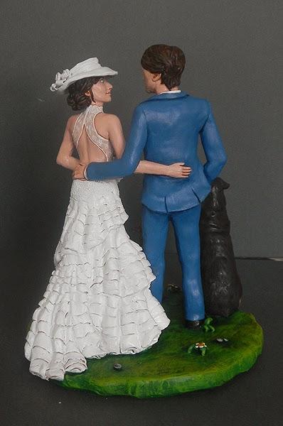 sposi sulla torta cake topper milano abito sposa personalizzato orme magiche