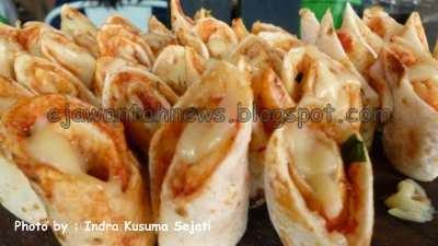 http://ejawantahnews.blogspot.com/2014/06/manfaat-dan-pengaruh-makanan.html