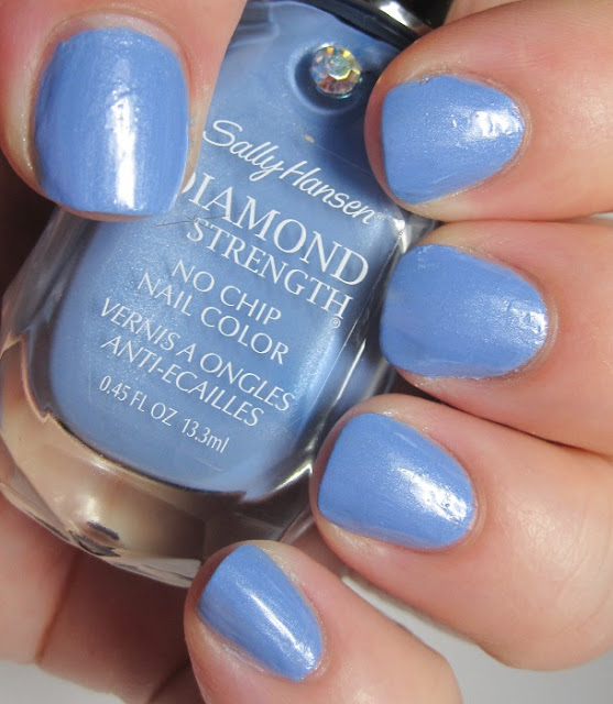 Sally Hansen Diamond Strength Guess Blue?