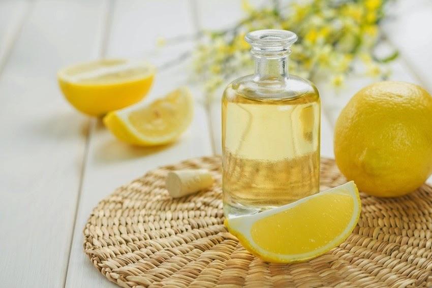 فوائد  زيت الليمون أو الحامض