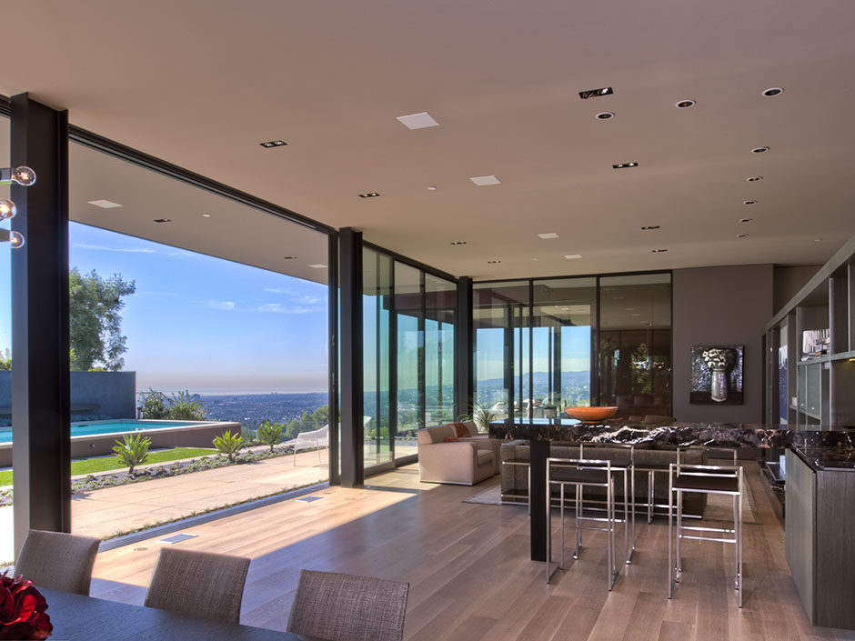 Sunset strip luxury modern house with amazing views of los for Modern architecture interior