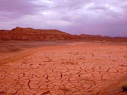 Xây thủy điện trên sa mạc khô cằn nhất thế giới