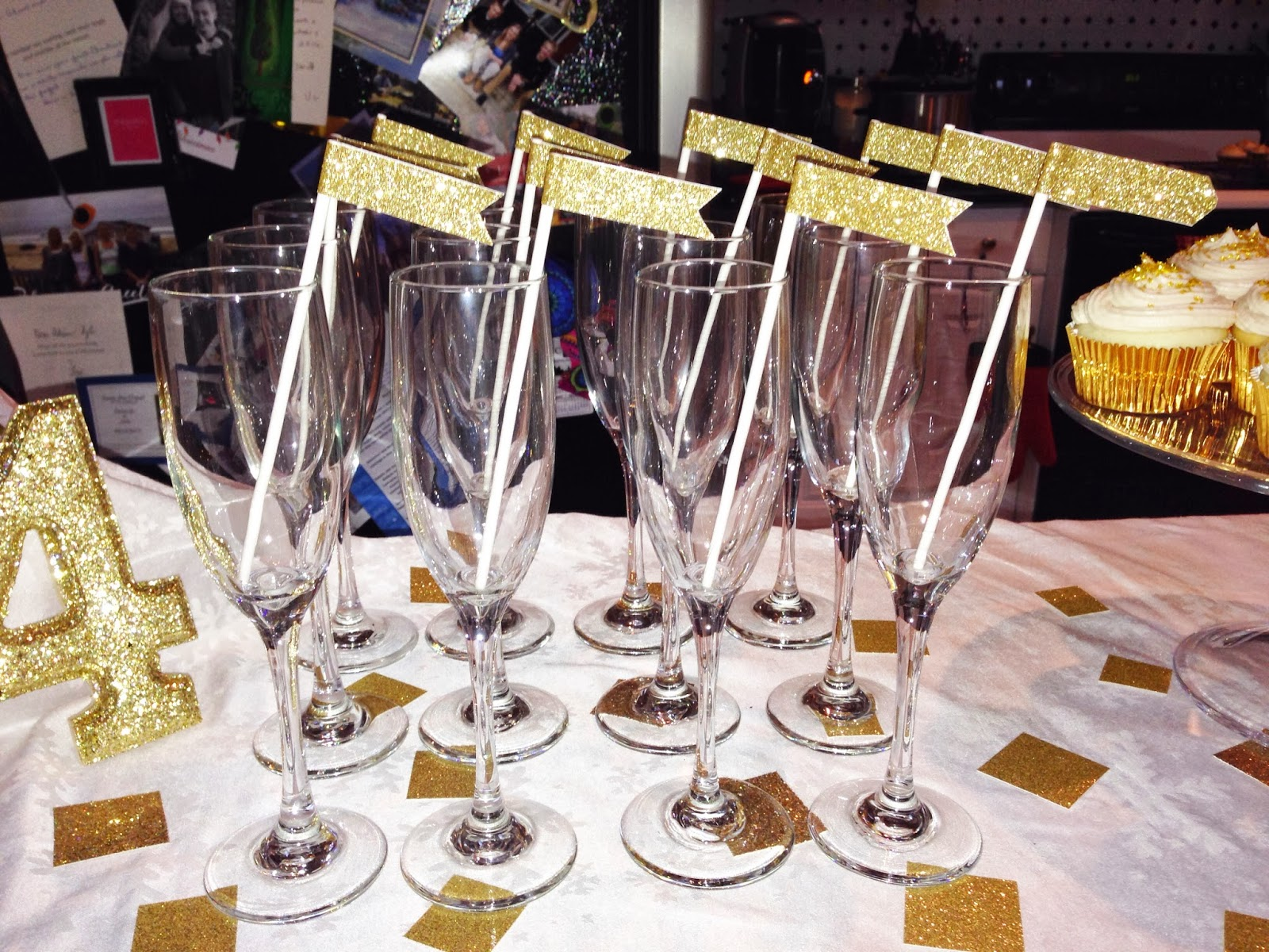 Glitter banner drink stirrers for New Years Eve | Choosing Happy Blog