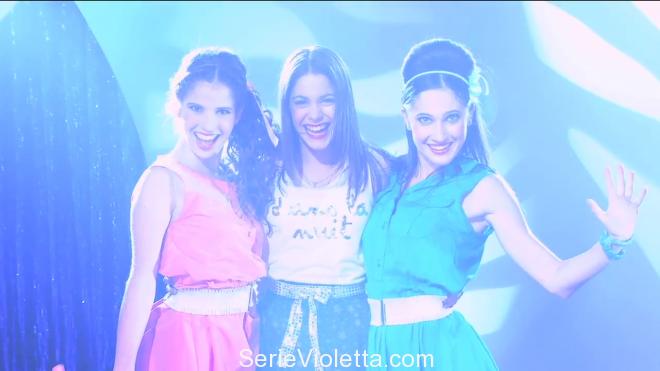 Violetta - En mi mundo + tekst i tłumaczenie piosenki