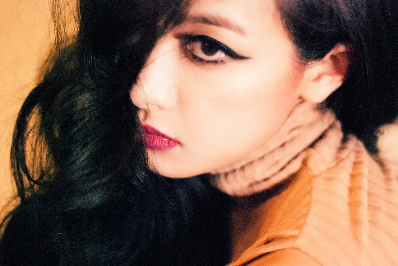 Victoria Song f(x) Red Light Teaser