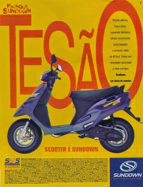 """Propaganda do Scooter (Sundown) em 1997 apresentando um """"tesão"""" de moto."""
