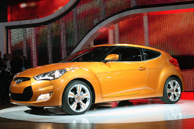 2012 Hyundai Veloster in orange color