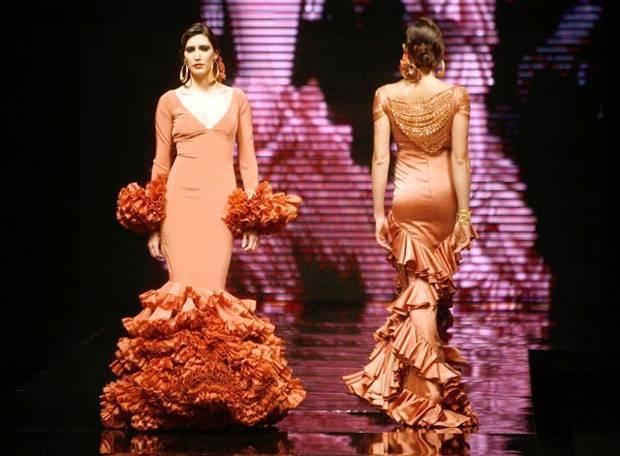 Vicky Martín Berrocal: Venta especial de Moda Flamenca en Sevilla