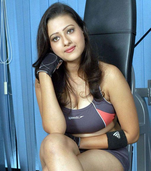 VERY VERY SEXY WALLPAPERS OF TELUGU ACTRESS MADALASA SHARMA Photoshoot images