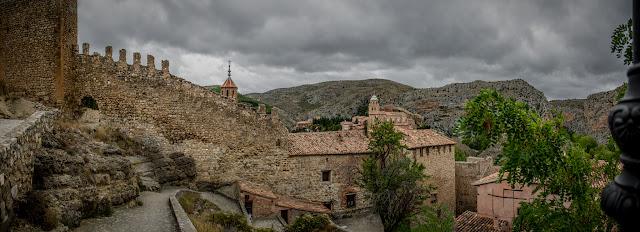 Albarracín :: Panorámica 4 x Canon EOS5D MkIII | ISO100 | Canon 24-105 @24mm | f/5.0 | 1/400s