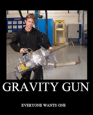 gravity gun half life 2 video game weapons