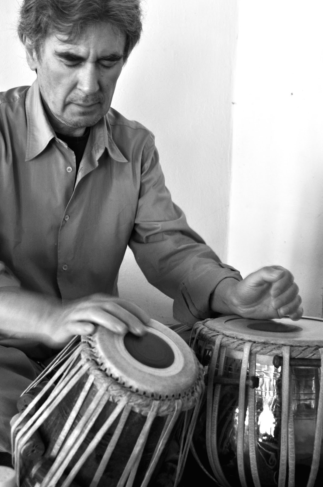 Arturo Cordero pintura y música