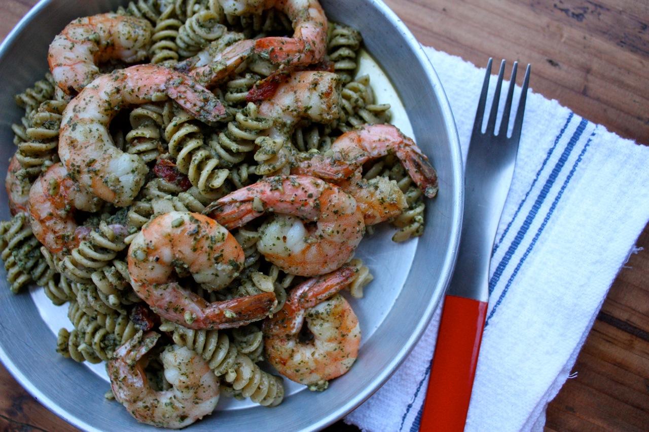 Have Her Over For Dinner: Pesto + Sun-dried Tomato + Shrimp Pasta