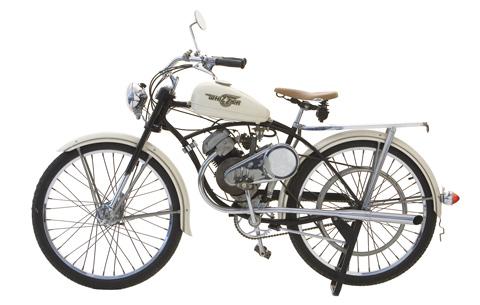 TOPIC: PARADE MOTOR ANTIK INDONESIA