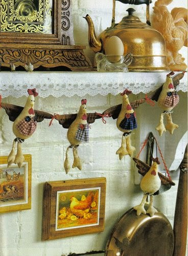 Moldes móbile com galinhas de tecido