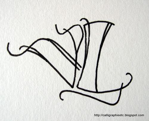 L'association Emily Calligraphy - Modèle Tatouage Lettres Entrelacées
