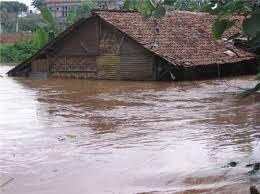 kliping Bencana Alam: Banjir, Tsunami, Tanah Longsor dan Gunung Meletus