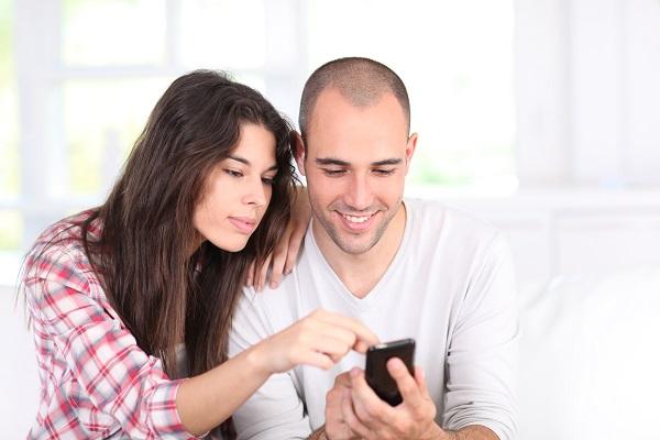 Que el Smartphone no destruya tu relación de pareja, sigue estos sencillos tips