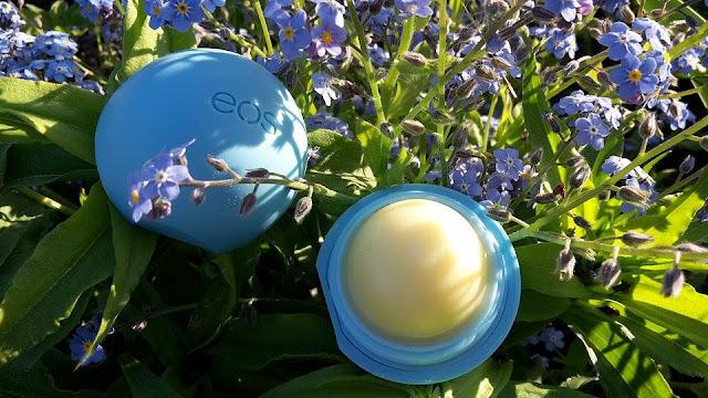 EOS Lip Balm Blueberry Accai - balzam na pery s čučoriedkou a accai