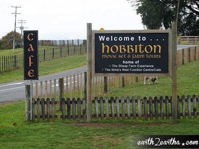 Hobbiton Set Tours Sign