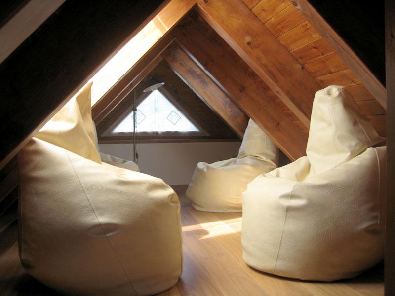 Neo arquitecturaymas luz natural en espacios abuhardillados for Diseno de buhardillas