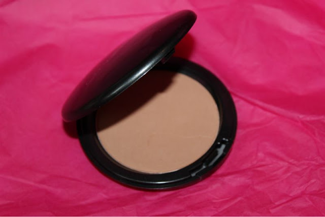 Cover FX Bronzer in Sunkissed 