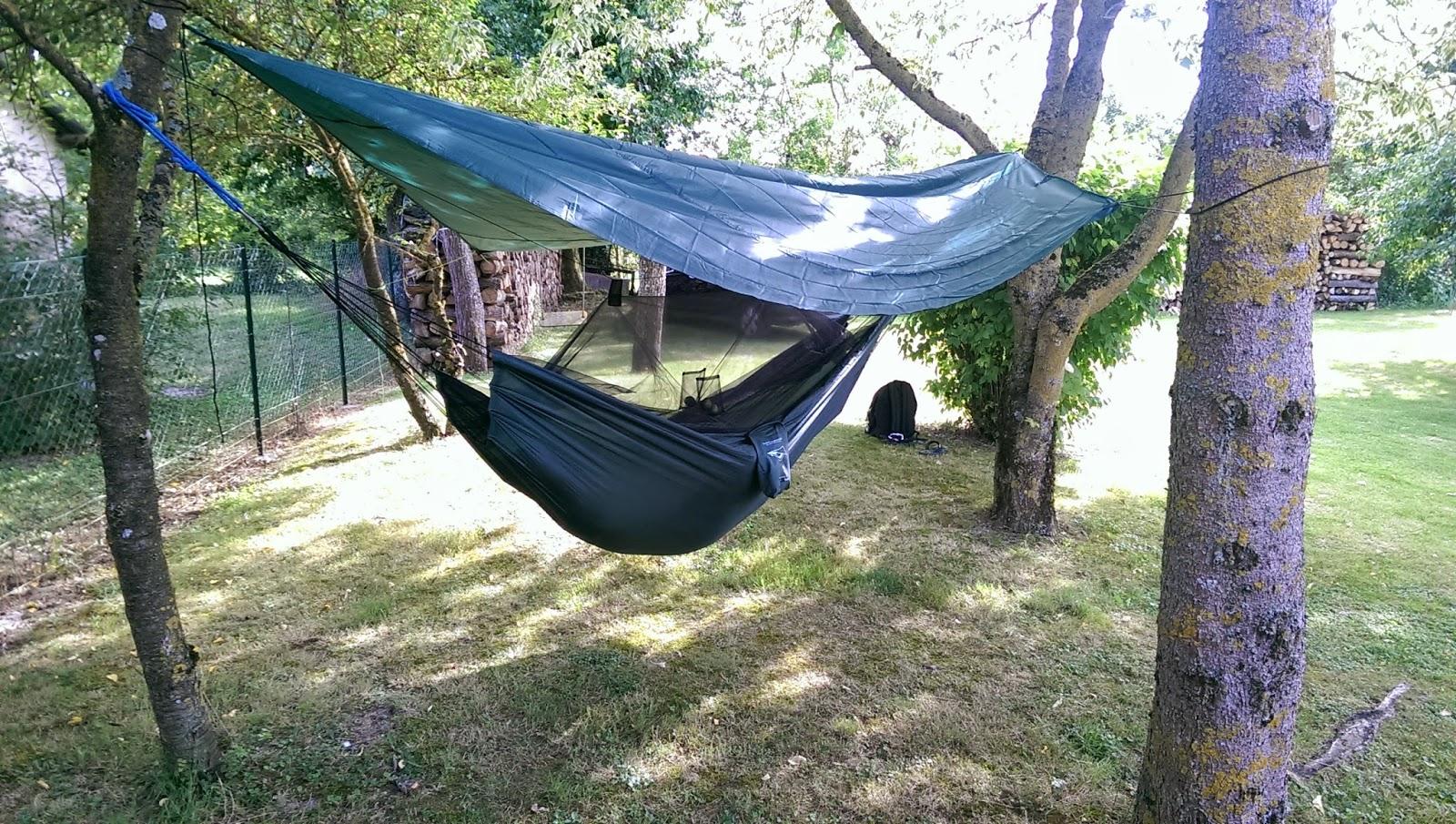 le voyage de mitheo comparatif entre le hamac. Black Bedroom Furniture Sets. Home Design Ideas