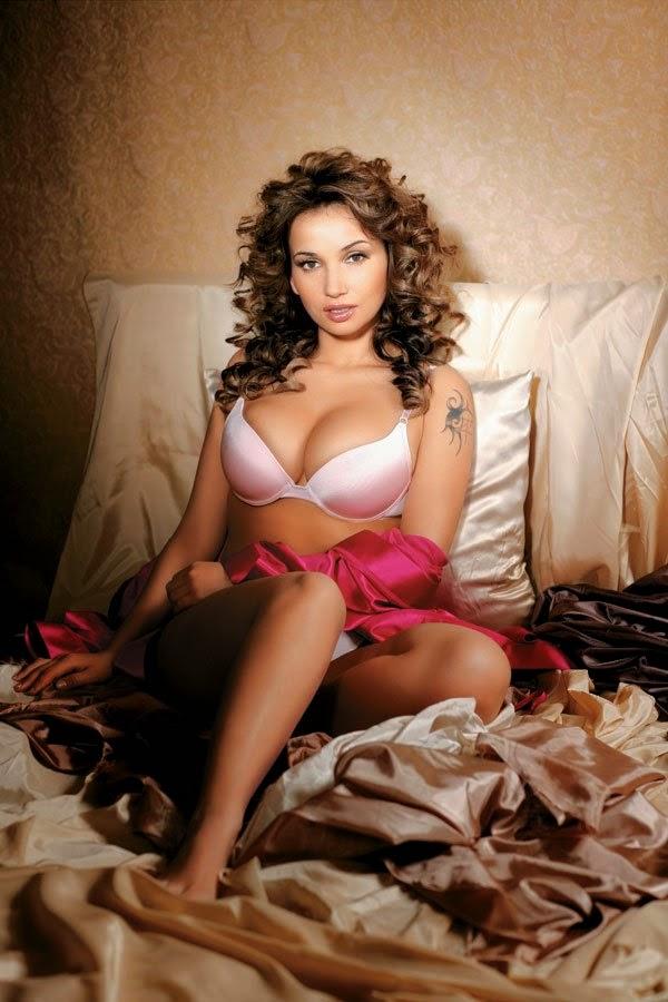 бесплатно фото видео сессия голых кино актрис певиц телеведущих