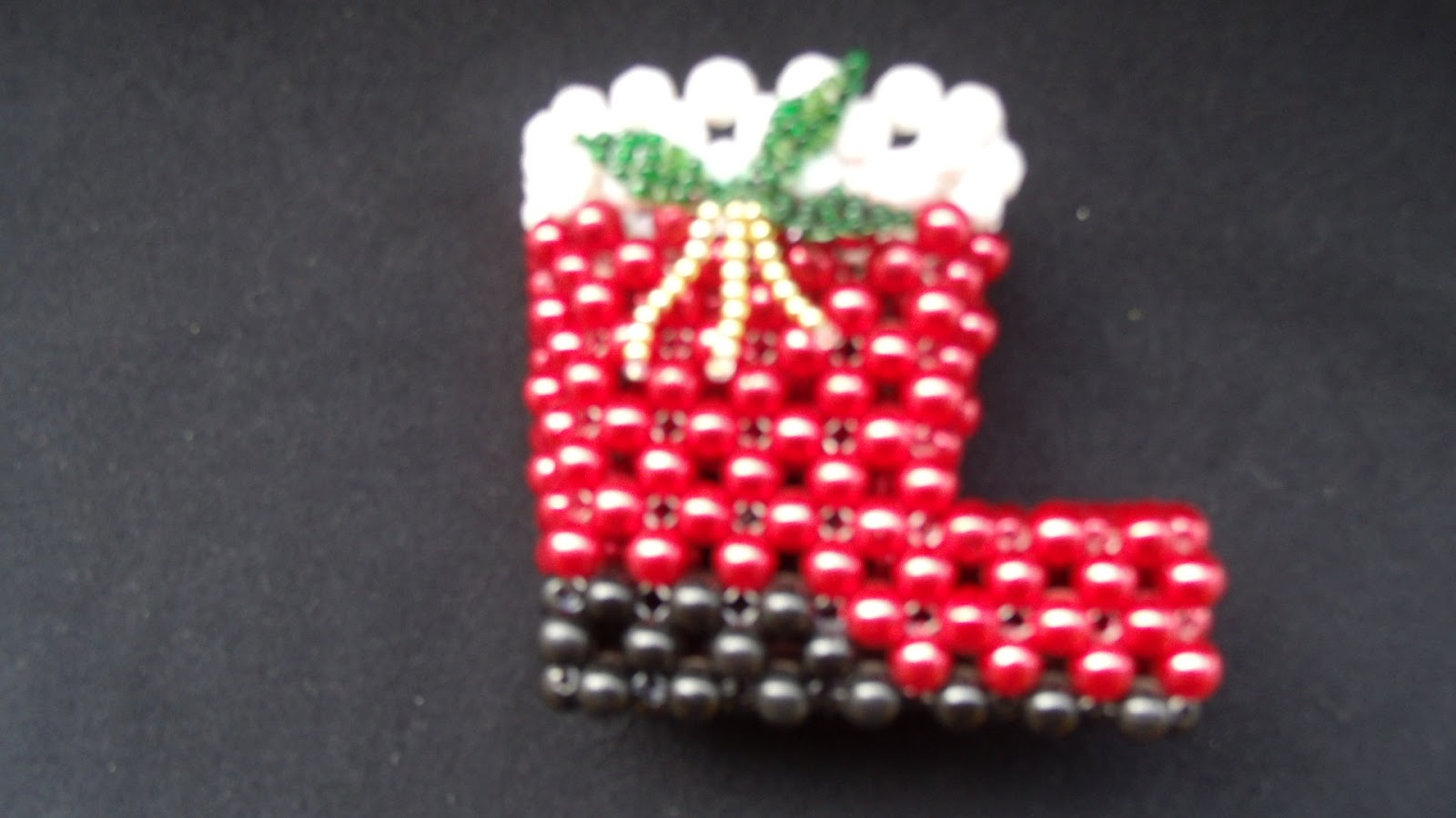 Manualidades en perlas adornos navide os - Trabajos manuales navidenos ...