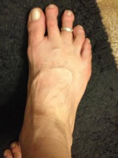 The Wizard's feet are Greek in origin