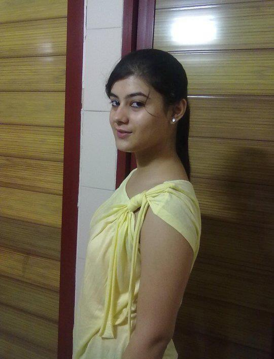 Videos hot indian non nude desi girls pictures for Desi sexy imege