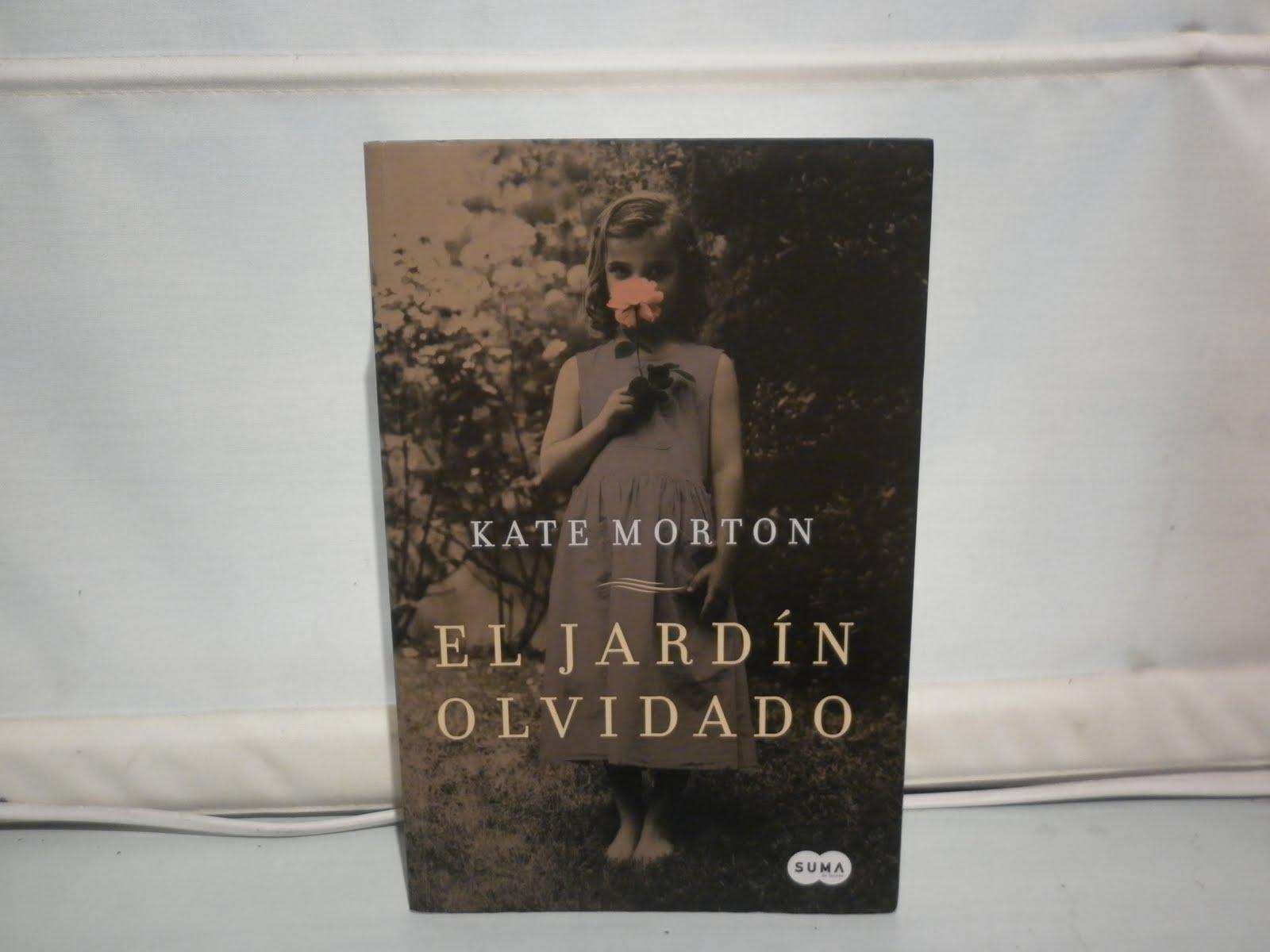 C ctel de sue os agosto 2011 for Libro jardin olvidado