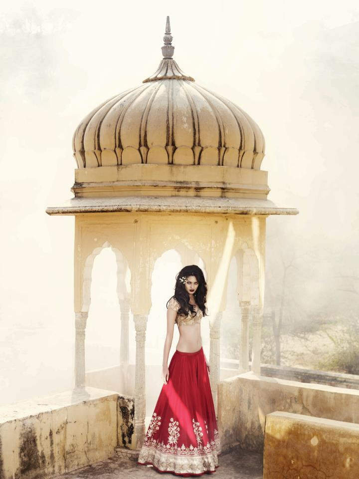 Bridal Look Book Summer Collection by Lekme
