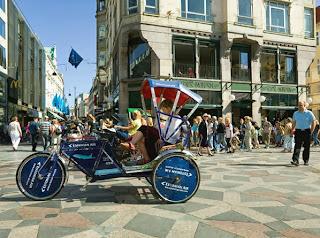 Велосипед-рикша на площади Амагерторв (Amagertorv)