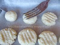 Fursecuri din nuca de cocos preparare