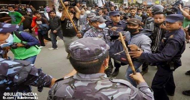Rakyat Nepal Minta Perdana Menteri Undur Kerana Prestasi Lembap