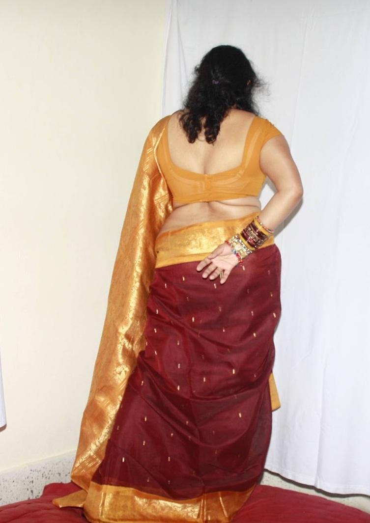 Folding Hips Silk Saree Aunty Jothi | Hot back saree view