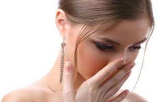 6 Makanan Penghilang Bau Mulut Yang Wajib Anda Coba