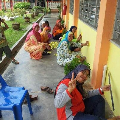 Confirm cantik dinding Dewan Makan asramasentuhan Teacher Mazni
