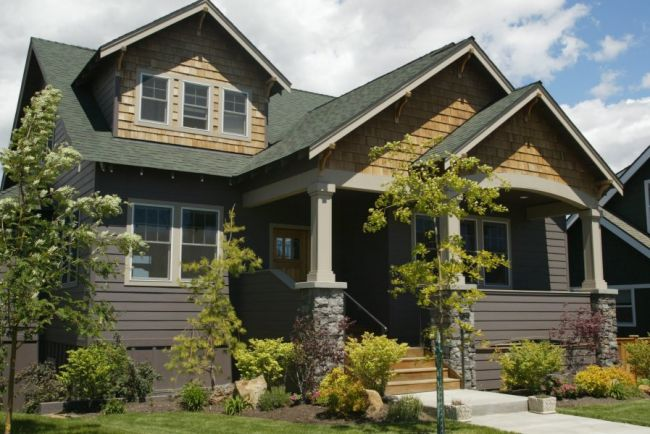 I married a tree hugger our updated craftsman style for Craftsman style columns