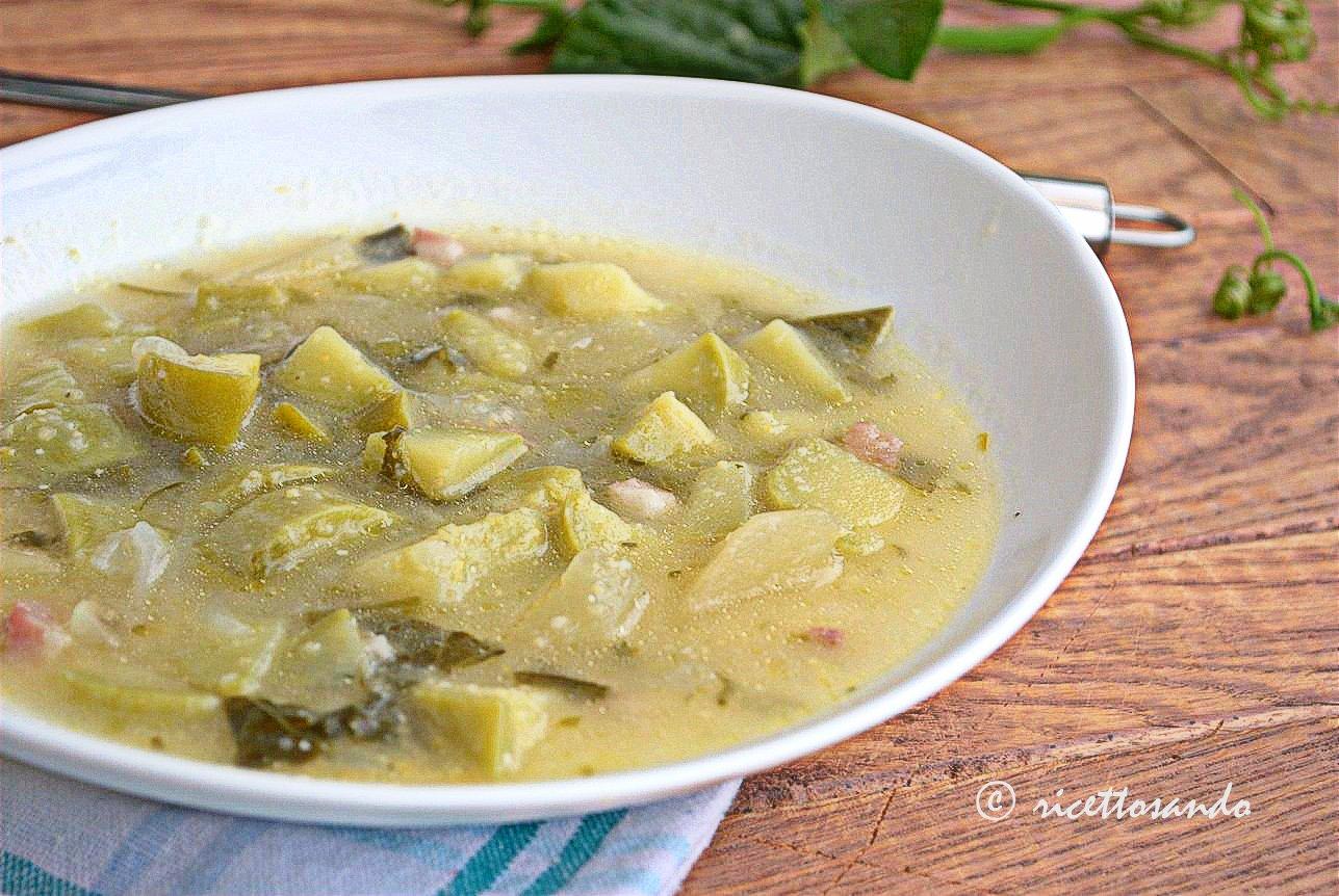 Zuppa di zucchine genovesi e mais ricetta minestra leggera
